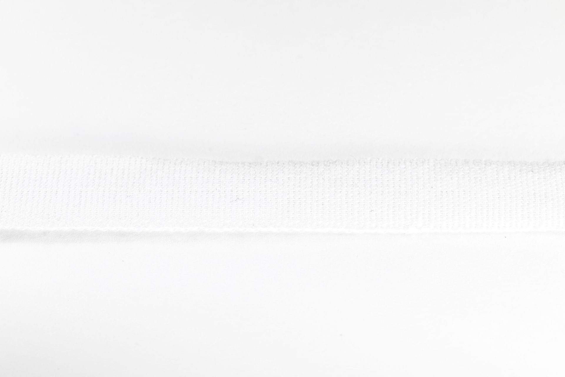 1001-12W_0001 12mm white cotton tape (Medical - trachy cord)